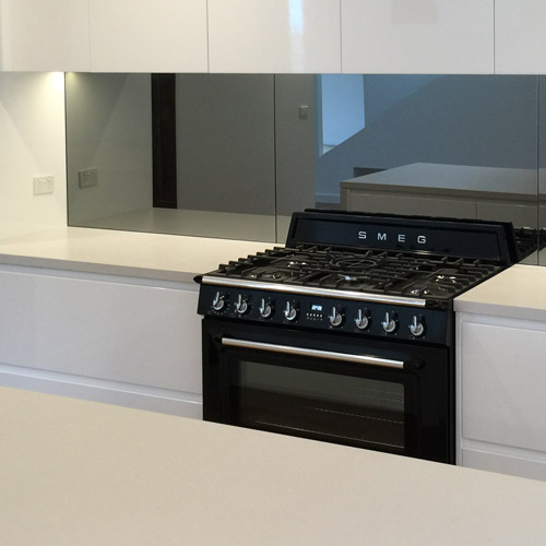 glass splashback - kitchen splashbacks illawarra
